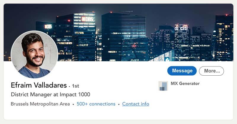 Capture d'écran d'un profil Linkedin illustrant les dimensions optimales à donner à son portrait LinkedIn